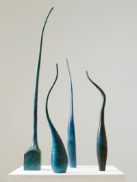 Eilis O'Connell, Squared & Gourd Elongated (on left), bronze, edition of 5, 2010, € 7,900 each